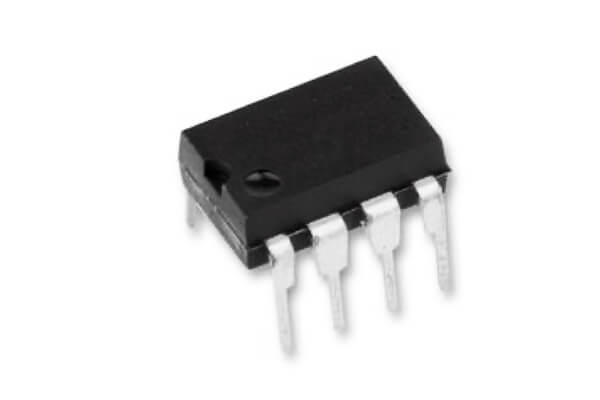 Texas Instruments UA741CP operational amplifier